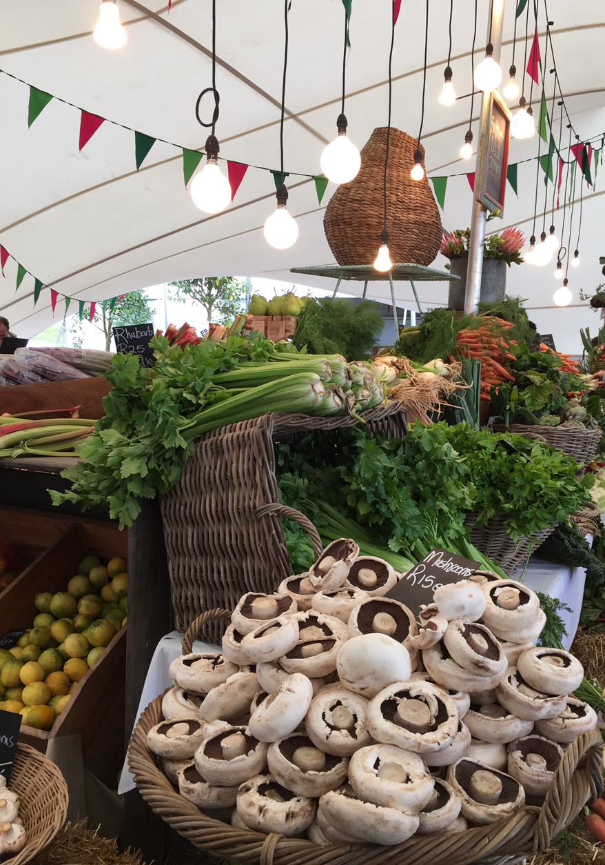 Beautiful, nutritious, fresh and local produce every Saturday at the OZCF Market.
