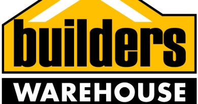 BuildersWarehousePicketLogo